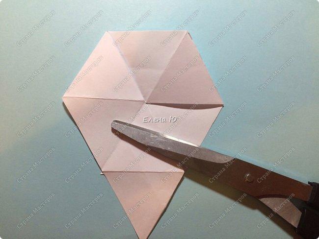 Предлагаю сделать забавную и совсем несложную  безделушку (головоломку)  - флексагон. Флексагоны — плоские модели из полосок бумаги, способные складываться и сгибаться определённым образом.  фото 13