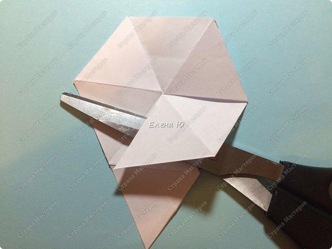 Предлагаю сделать забавную и совсем несложную  безделушку (головоломку)  - флексагон. Флексагоны — плоские модели из полосок бумаги, способные складываться и сгибаться определённым образом.  фото 14