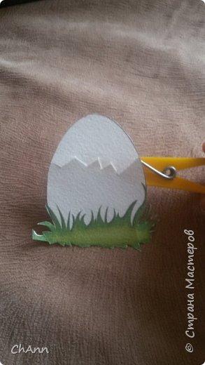 """Показала сыну яйцо: """"Что это?"""" - """"яичко."""" """"Правильно! Ой, что это за звук? Кррррр. Смотри, наше яичко трескается"""" фото 1"""