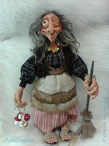 Интерьерная кукла ручной работы(запекаемая пластика и скульптурный текстиль) Бабка Ежка фото 7