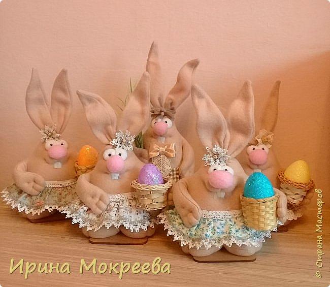 К пасхе решила сделать маленькие подарочки друзьям - пасхальных кроликов.А  вдохновили меня кролики Корнеевой Ольги https://stranamasterov.ru/node/747415?c=favorite фото 1