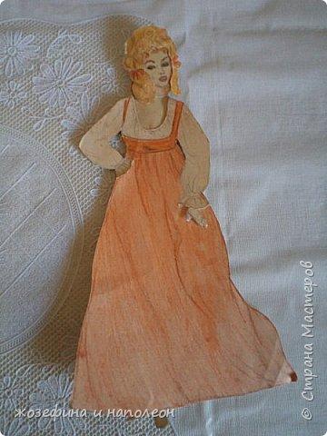 """Здравствуйте дорогие мастера и мастерицы. Увидела прелестных , бумажных куколок у Елены Ивановны, вспомнила, что у самой вот уже 50 лет  бережно хранится бумажная куколка Анжелика. Нарисовала я её после просмотра фильма """"Анжелика"""" роль, которой ,сыграла французская актриса Мишель Мерсье. фото 4"""