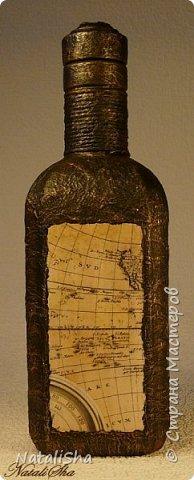 Бутылочка сделана в подарок моему дяде. Мой дядя большой учёный, весьма почтенного возраста, поэтому бутылка сдержанная, без ракушек и прочей морской атрибутики. фото 4