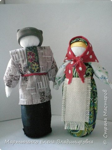 """Куклы на пластиковых бутылочках из-под """"Актимель"""". Изготовлены по традиционной технологии - """"Столбушка"""". Лисичка- из флиса. Очень приятный материал для работы. фото 5"""