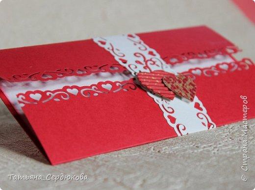 Здравствуйте, дорогие!  С декабря я в спячку впала, и только сейчас начала потихоньку просыпаться. Я конечно, творила по чуть-чуть, но очень мало...Тут покажу несколько открыточек, которые за это время сотворились.  Эти хорошенькие открыточки для подарка на рождение мальчика или девочки.  Идею брала вот тут: http://scrap-info.ru/myarticles/article_storyid_382.html  От себя добавила кармашек для денежного подарка на обратной стороне вкладыша, чтобы 2-в-1 было: и поздравили и одарили :) фото 16