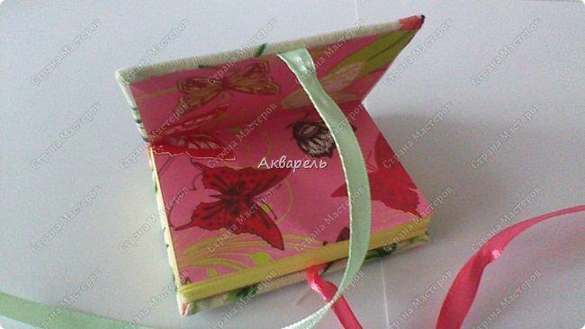 Еще сделала блокнотиков, чуть-чуть.... Блокноты маленькие, делать их удобно и не сложно.  фото 5