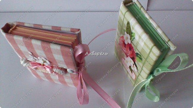 Еще сделала блокнотиков, чуть-чуть.... Блокноты маленькие, делать их удобно и не сложно.  фото 7