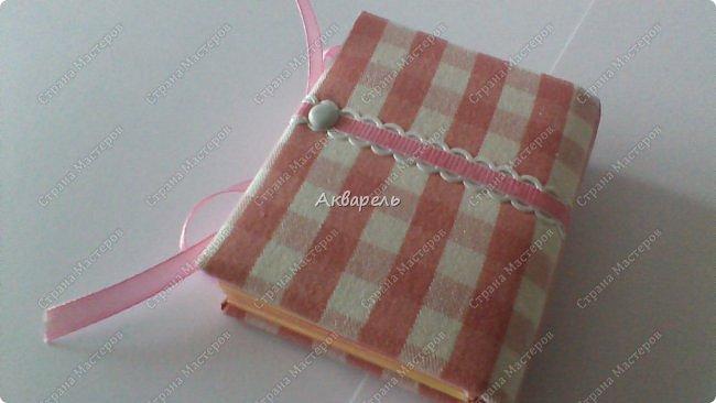 Еще сделала блокнотиков, чуть-чуть.... Блокноты маленькие, делать их удобно и не сложно.  фото 8
