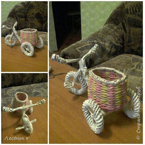 Велосипед-подставка для карандашей))