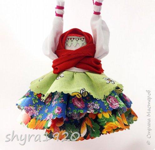 """Моя первая Народная кукла, мне очень понравилось делать такие куколки. Эту я сделала по МК Натальи """"Ликма"""", влюблена в работы  Мастерицы и постоянно любуюсь ими. фото 3"""