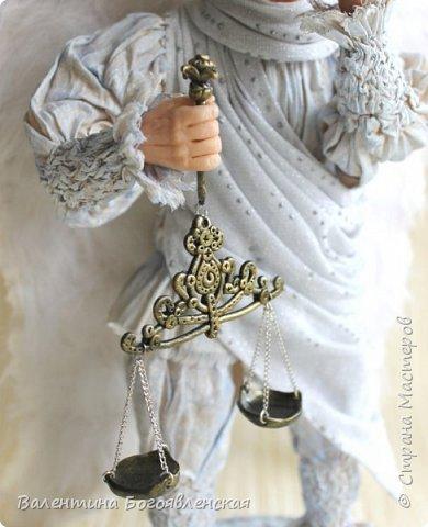 Вот этот ангел у меня родился, когда я нашла стихи Галина Воленберг.............. Как-то сразу сложился образ !!!! .... На ваш суд... фото 3