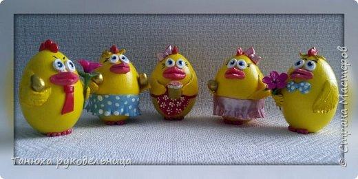 Красим яйца яркой краской, К празднику Христовой Пасхи, Дружно испекли в печи Кексы , булки, куличи! (Т. Шемякина) фото 2