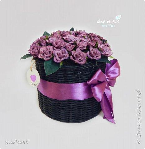Сиреневые розы в черном цилиндре  фото 2