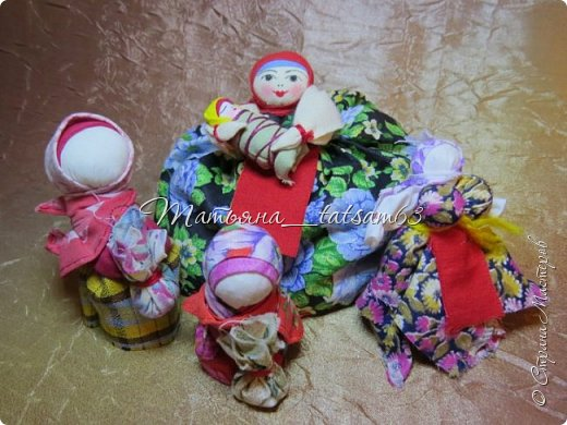 Появились у меня недавно новые веревочные куклы из пряжи, вот и решила их показать, а заодно и старые. фото 25