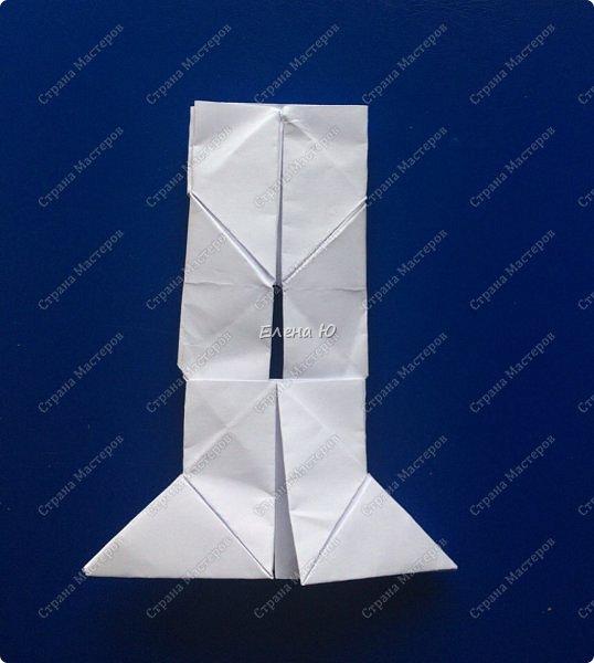 Космонавт складывается из 3 классических двухтрубных пароходов-оригами  фото 10