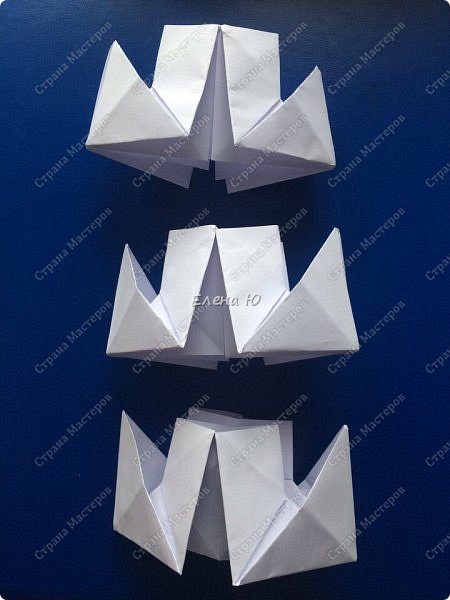 Космонавт складывается из 3 классических двухтрубных пароходов-оригами  фото 4