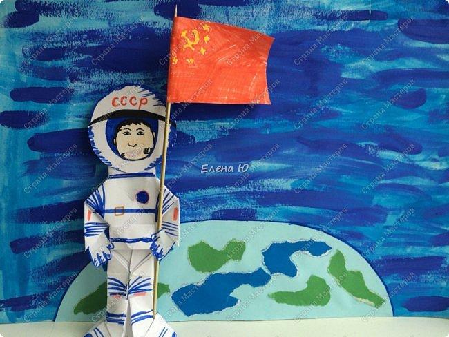 Космонавт складывается из 3 классических двухтрубных пароходов-оригами  фото 26