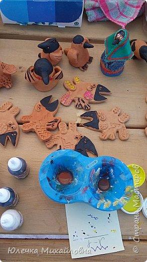 Вчера в нашей родной Югре был национальный праздник хантов - вороний день. Это праздник встречи весны. Счтается, что ворона одна из первых птиц прилетает в наши края и приносит на своём хвосте весну. По этому случаю в национальном центре были праздничные гуляния, на которых нам посчастливилось побывать. фото 18