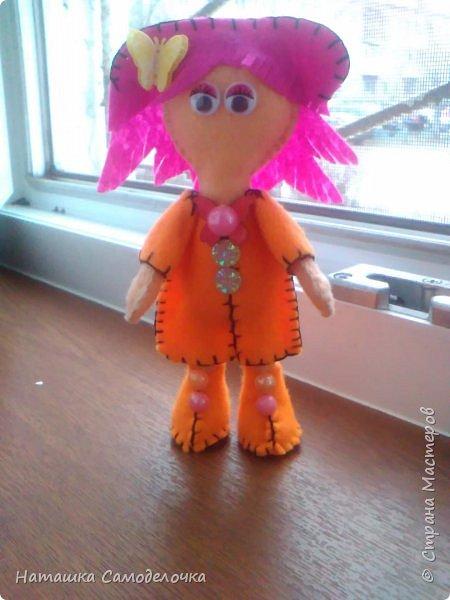 всем привет,вот такие куколки родились,сами куклы и одежда из мягкого,волосы из жесткого фетра,спасибо за внимание))) фото 3