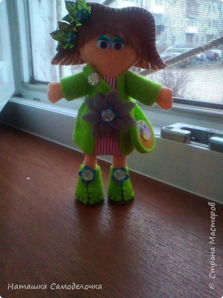 всем привет,вот такие куколки родились,сами куклы и одежда из мягкого,волосы из жесткого фетра,спасибо за внимание))) фото 4