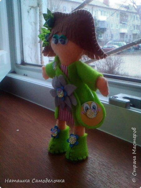 всем привет,вот такие куколки родились,сами куклы и одежда из мягкого,волосы из жесткого фетра,спасибо за внимание))) фото 5