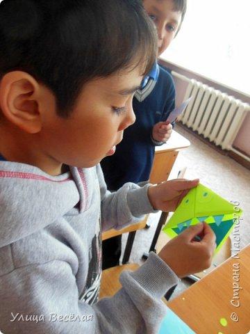 Решили мы после уроков сделать закладки. Хоть и умеем быстро находить нужные страницы в книгах и учебниках, а так будет еще быстрее! фото 14