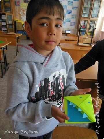 Решили мы после уроков сделать закладки. Хоть и умеем быстро находить нужные страницы в книгах и учебниках, а так будет еще быстрее! фото 15