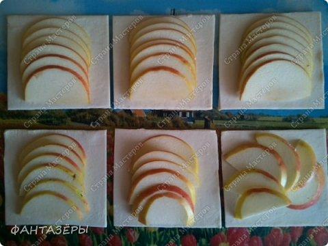 Всем привет! Хочу показать вам десерт, который готовится на скорую руку, как говорится, когда гости на пороге. С недавнего времени в морозилке держу слоеное тесто. фото 7
