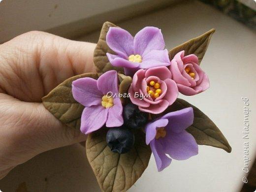 Бутоньерка с сиреневыми цветочками фото 1