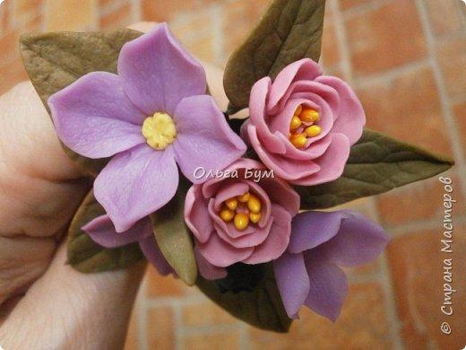 Бутоньерка с сиреневыми цветочками фото 3