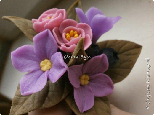 Бутоньерка с сиреневыми цветочками фото 6