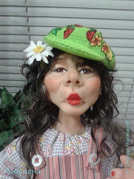 "Портретная кукла на заказ (смешанная техника -запекаемая пластика и  скульптурный текстиль) рост 45 см. ""Дачница Наташа"" фото 1"