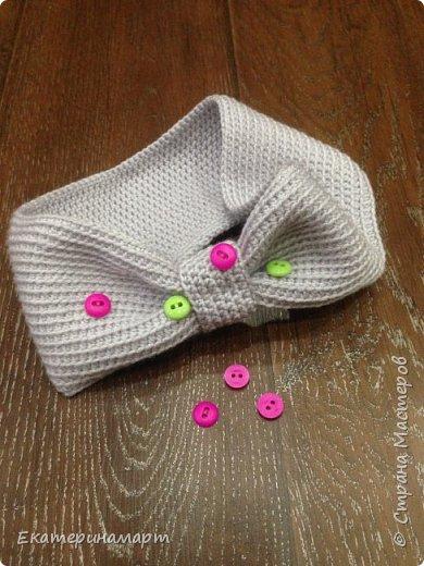 Связалась повязочка на выходных =) очень удобная вещь в гардеробе... ее можно носить и наизнанку, нигде нет швов =) очень интересно  фото 2