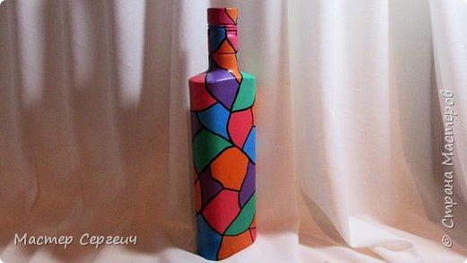 Декор бутылки акриловыми красками и маркером
