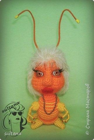 Знакомьтесь гусениц Пашка. В теле проволочный каркас. фото 11
