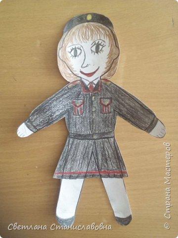 Для арт-проекта мы с учениками 1 класса выполнили фигурки детей. фото 20