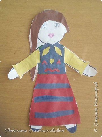 Для арт-проекта мы с учениками 1 класса выполнили фигурки детей. фото 17