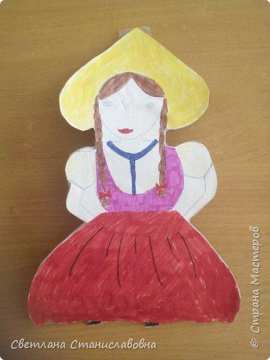 Для арт-проекта мы с учениками 1 класса выполнили фигурки детей. фото 14
