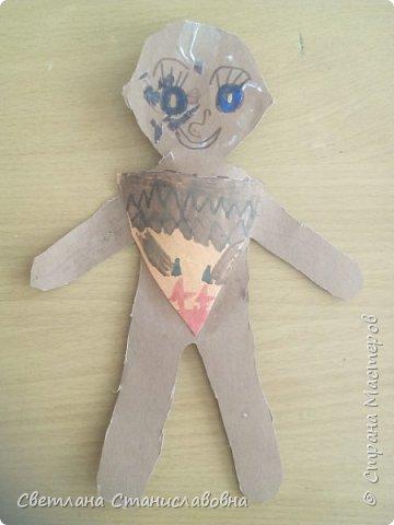 Для арт-проекта мы с учениками 1 класса выполнили фигурки детей. фото 23