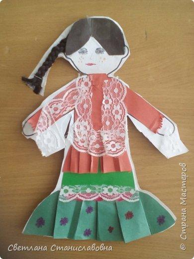 Для арт-проекта мы с учениками 1 класса выполнили фигурки детей. фото 5