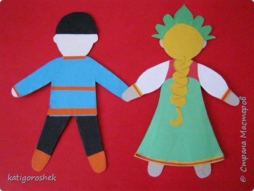 Такими появились дети в русском народном костюме.  фото 2