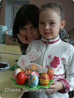 Совсем скоро светлый праздник Пасхи, и каждому хочется иметь красивую, оригинальную подставку для яиц. Желающие заняться декором собрались на мастер-класс.  фото 18