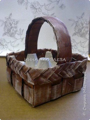 Пасхальные корзиночки на 4 яйца. Очень удобны, как подарочный вариант, но и на столе, в качестве украшения, будут смотреться красиво. фото 2