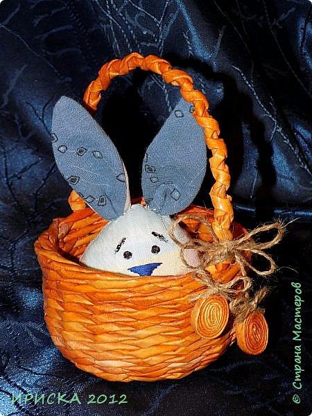 Приветствую всех гостей моей странички!!! Поздравляю с наступающим светлым праздником Пасхи!!! Желаю здоровья, уюта, душевного тепла и благополучия!!! Я сегодня к вам с компанией зайчиков, курочкой и маленькими корзинками. фото 35