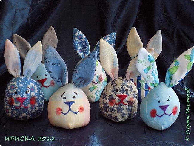 Приветствую всех гостей моей странички!!! Поздравляю с наступающим светлым праздником Пасхи!!! Желаю здоровья, уюта, душевного тепла и благополучия!!! Я сегодня к вам с компанией зайчиков, курочкой и маленькими корзинками. фото 24