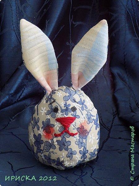 Приветствую всех гостей моей странички!!! Поздравляю с наступающим светлым праздником Пасхи!!! Желаю здоровья, уюта, душевного тепла и благополучия!!! Я сегодня к вам с компанией зайчиков, курочкой и маленькими корзинками. фото 27