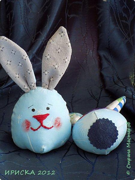 Приветствую всех гостей моей странички!!! Поздравляю с наступающим светлым праздником Пасхи!!! Желаю здоровья, уюта, душевного тепла и благополучия!!! Я сегодня к вам с компанией зайчиков, курочкой и маленькими корзинками. фото 29