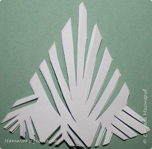 Добрый день, Страна Мастеров!  Зимой к Новому году делала вместе с детьми снежинки, которые потом украсили наш потолок.  Фотографии сделала со схемками, может быть кому-нибудь пригодится.  Снежинка №1 фото 14
