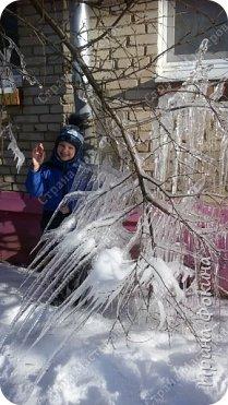 Пошли гулять в зимний денек, а у нас под окном Снежная королева нахулиганила фото 2