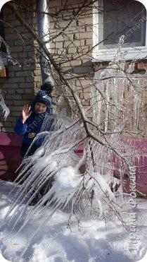 Пошли гулять в зимний денек, а у нас под окном Снежная королева нахулиганила фото 3